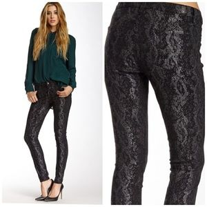 7 For All Mankind | Gwenevere Ankle Snake jeans